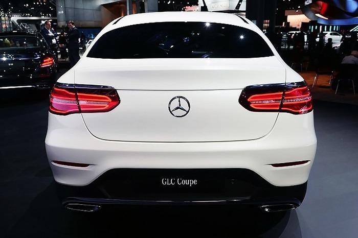 Đuôi xe Mercedes GLC 300 4MATIC Coupe 2017