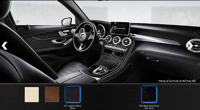 Nội thất màu đen Mercedes GLC 300 4MATIC 2017