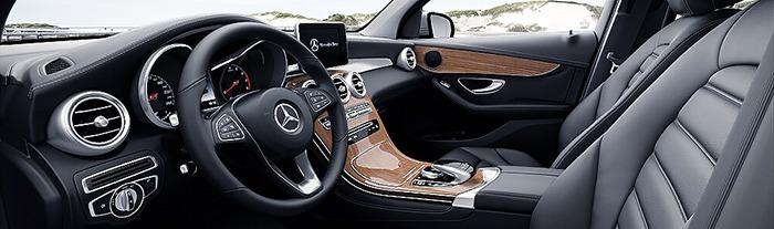 Nội thất Mercedes GLC 250 4MATIC màu đen