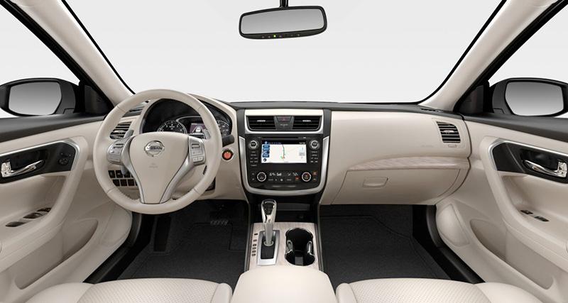 Nissan Teana nội thất