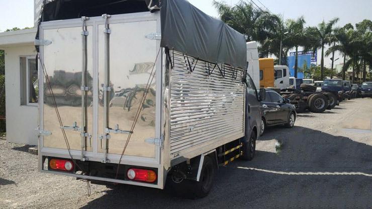 Hyundai Porter H150 đuôi xe