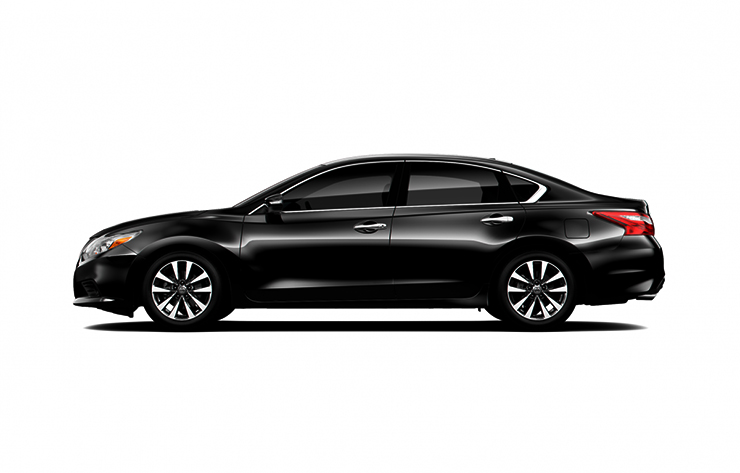 Nissan Teana màu đen