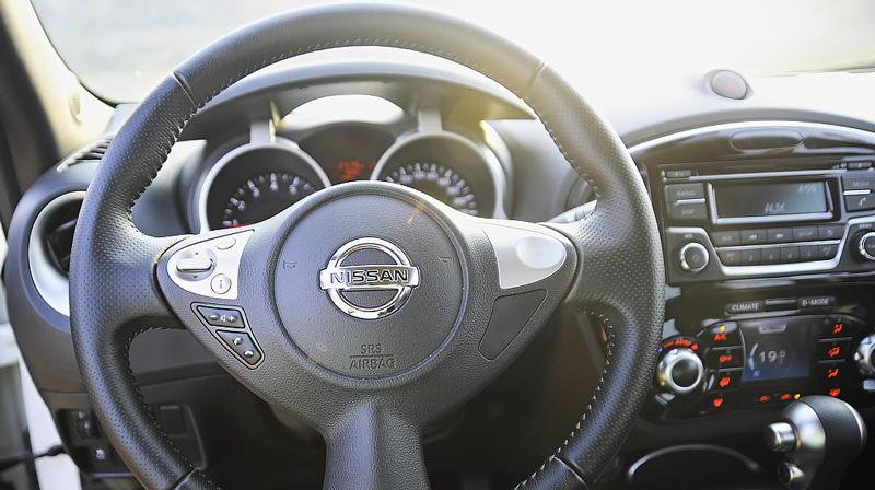 Vô lăng Nissan Juke