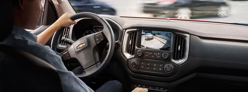 Kết nối và kiểm soát Chevrolet Colorado
