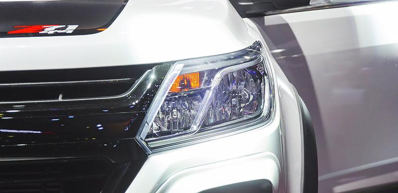 Cụm đèn trước của Chevrolet Trailblazer