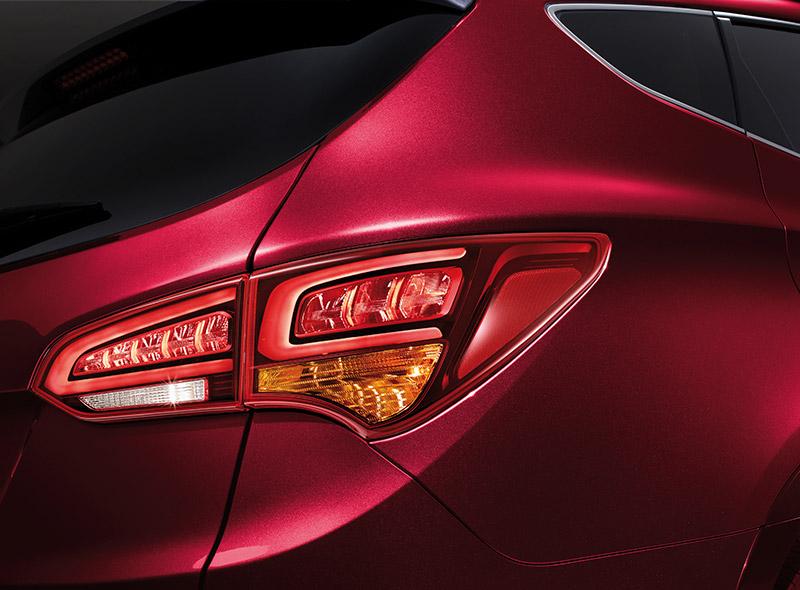 Hyundai-SantaFe-Ngoai-That-6