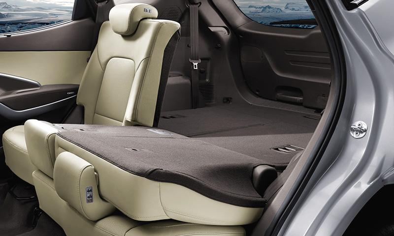 Hyundai SantaFe - ghe ngoi phia sau
