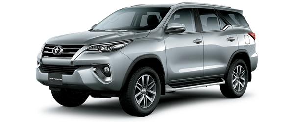 Toyota Fortuner - màu bạc