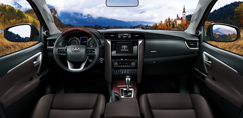 Toyota-Fortuner-nội-thất