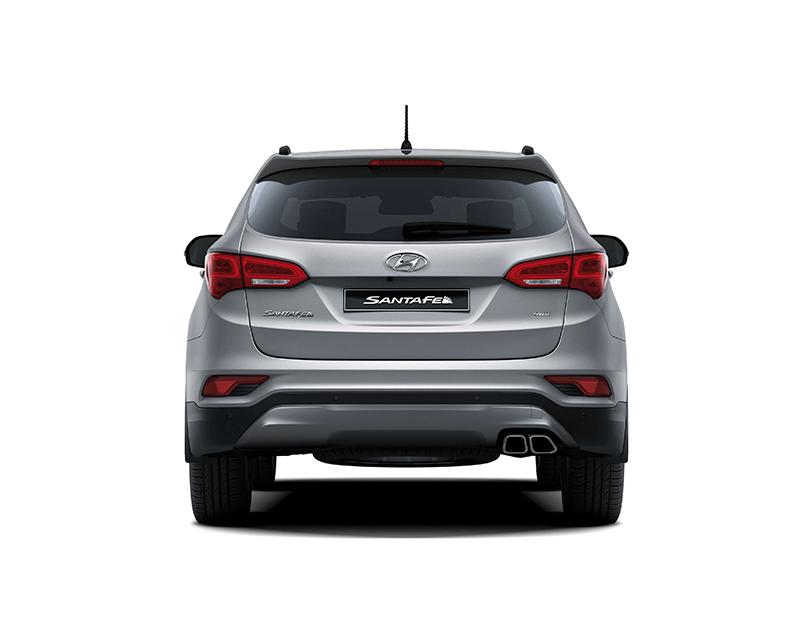 Hyundai SantaFe duoi xe