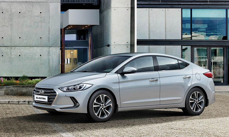 Hyundai Elantra gallery 1