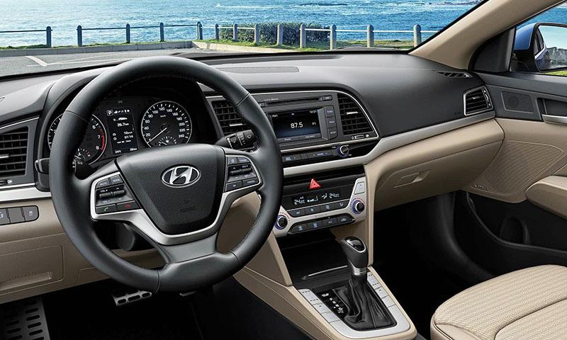 Hyundai Elantra tablo