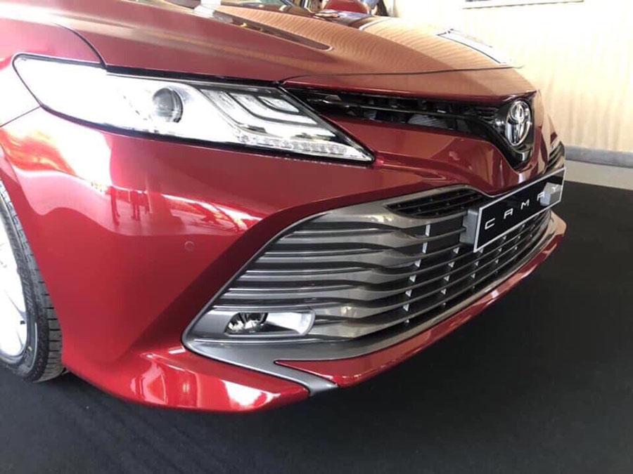 Toyota camry 2019 - đầu xe