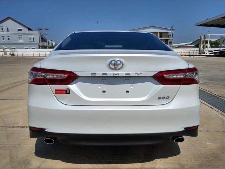 Toyota camry 2019 - Đuôi xe