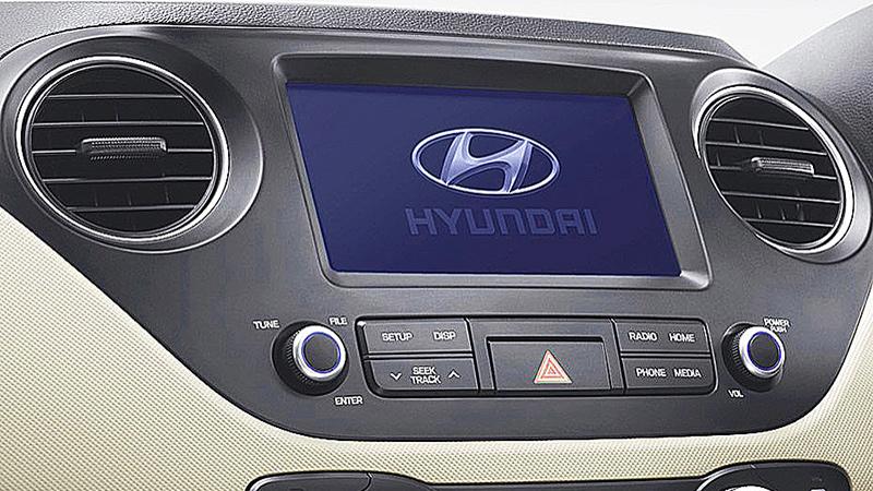 Màn hình hiển thị trên Grand I10 sedan 2018
