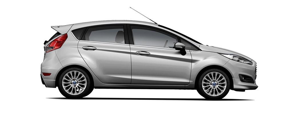 Ford Fiesta bạc ánh kím