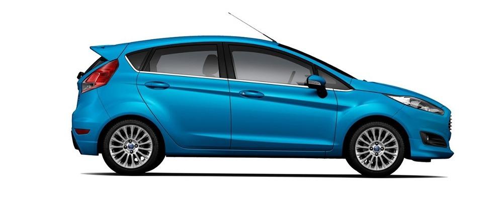 Ford Fiesta xanh dương