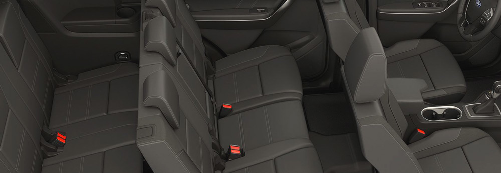 Không gian nội thất và ghế ngồi Ford Everest