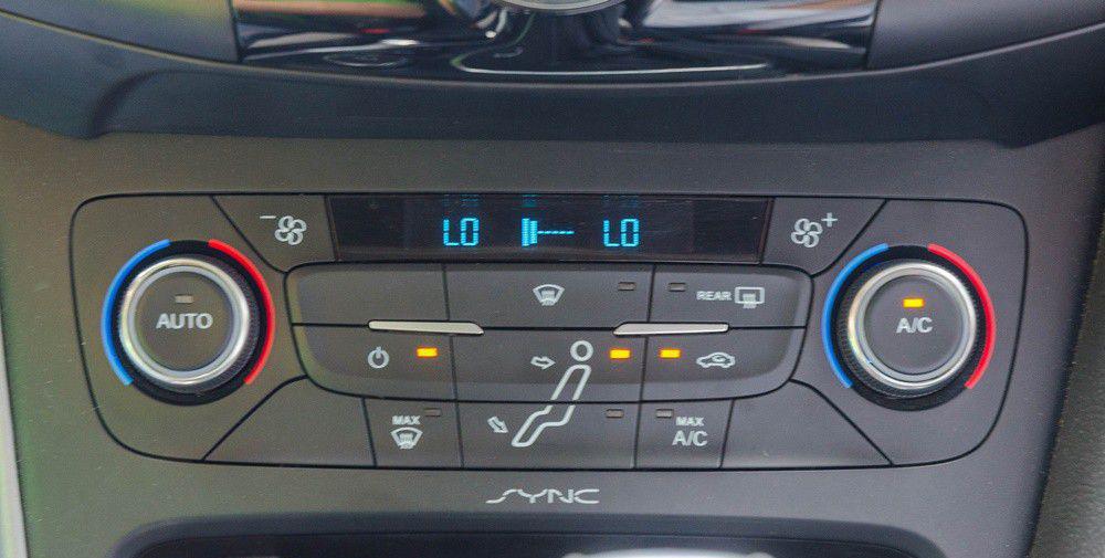 hệ thống điều hòa của xe focus