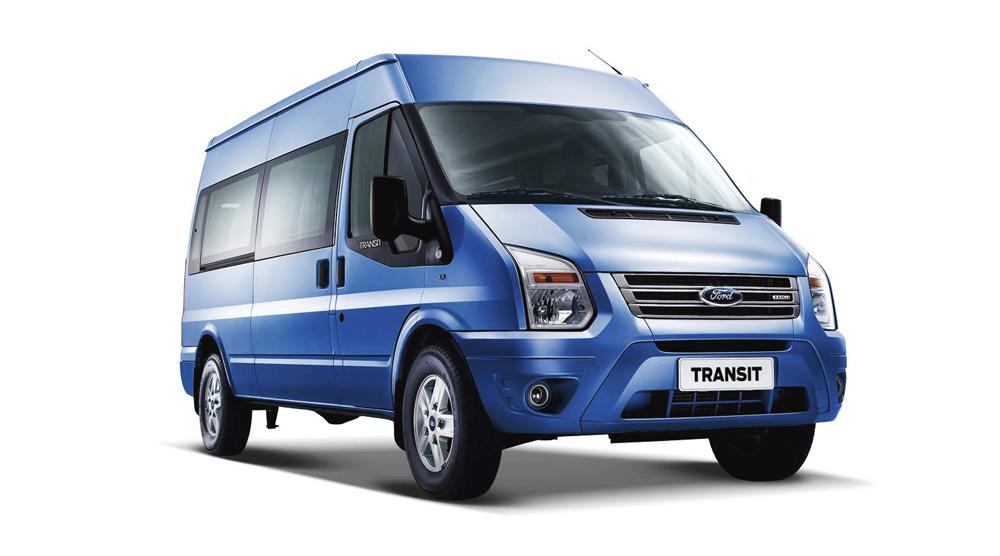 Ford Transit màu xanh dương