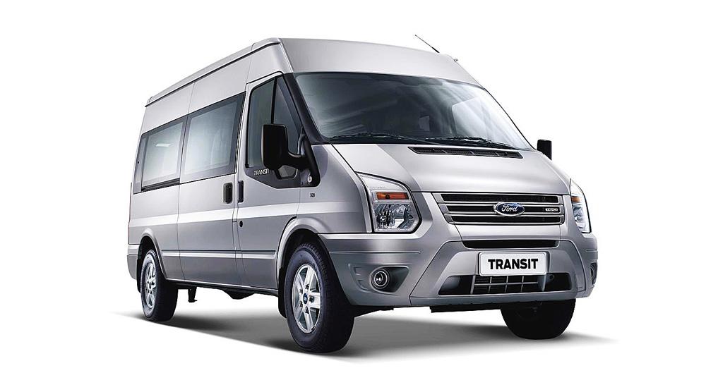 Ford Transit màu bạc