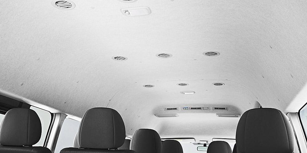 Cửa gió điều hòa trên Toyota Hiace