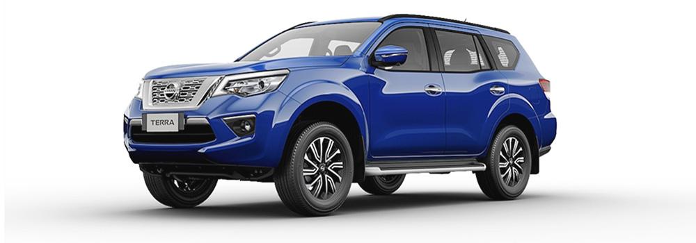 Nissan Terra màu xanh đậm