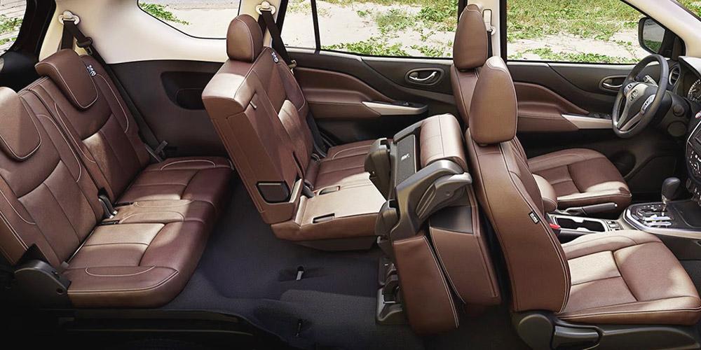 Không gian nội thất Nissan Terra