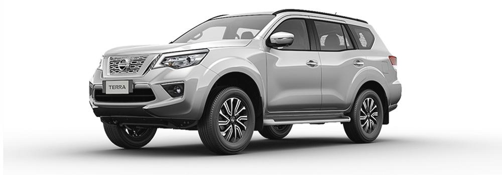 Nissan Terra màu bạc