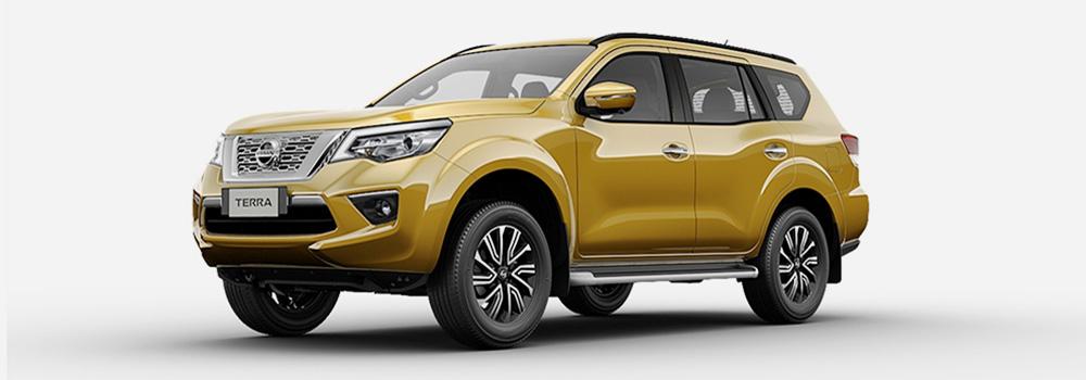 Nissan Terra màu vàng