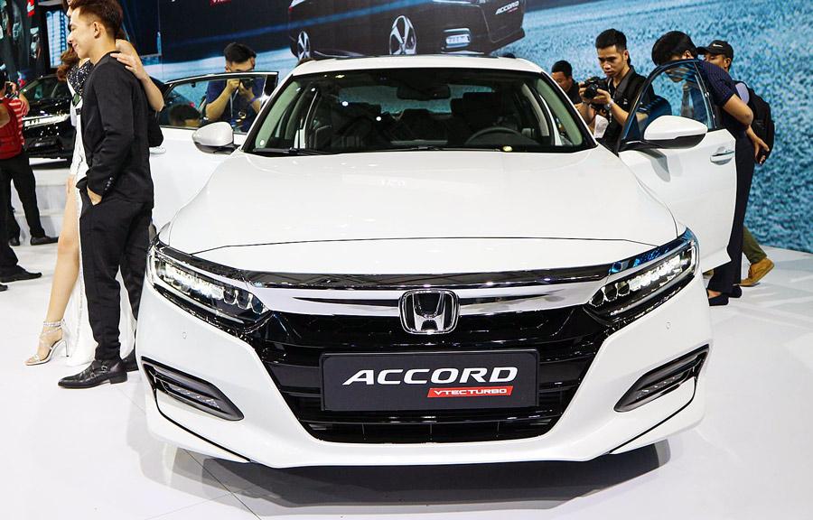 Phần đầu xe Honda Accode 2019
