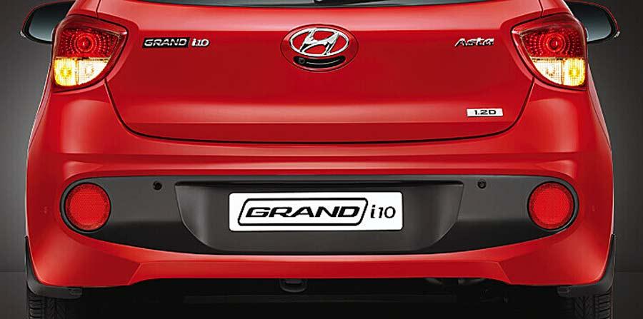 Phần đuôi xe Hyundai i10