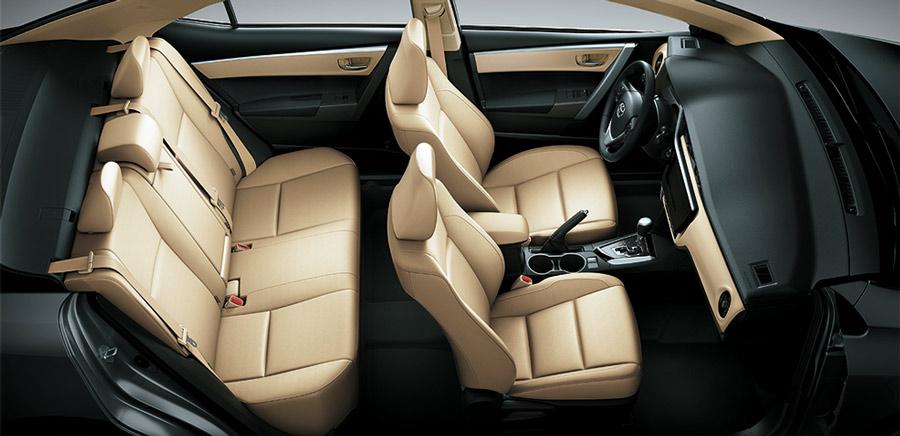 Không gian nội thất của Toyota Corolla Altis