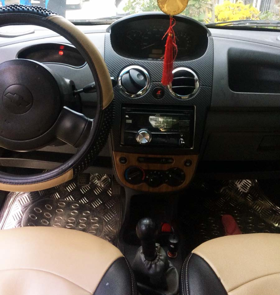 Khoang lái của xe Spark 2009