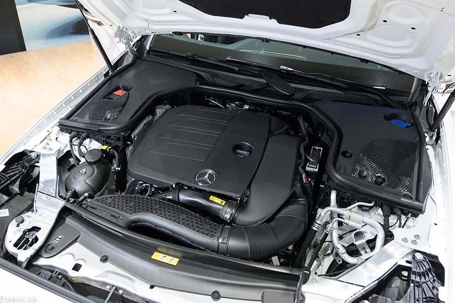 Động cơ Mercedes E350 AMG
