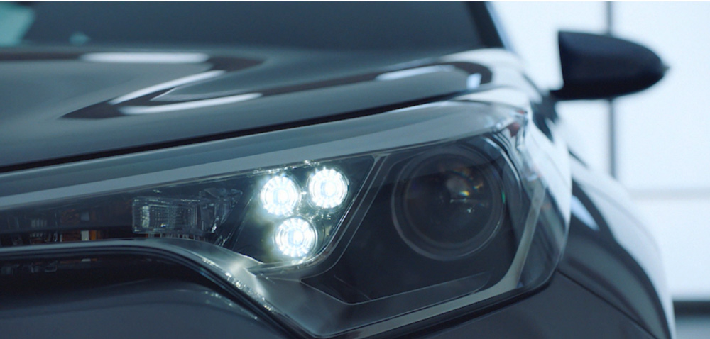 Đèn pha Toyota C-HR 2019