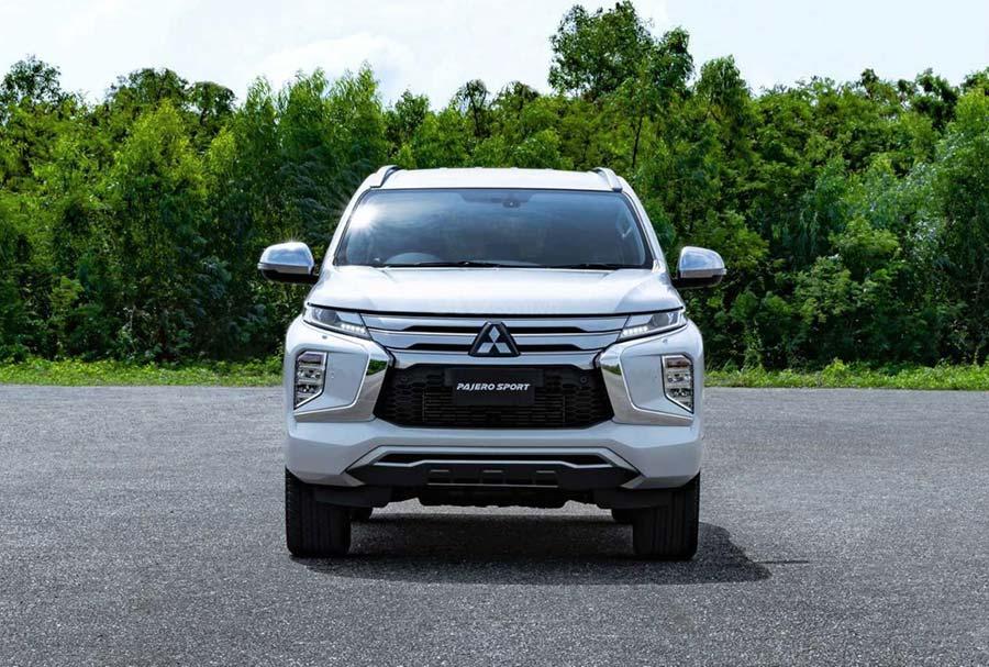 Đầu xe - Mitsubishi Pajero Sport 2020