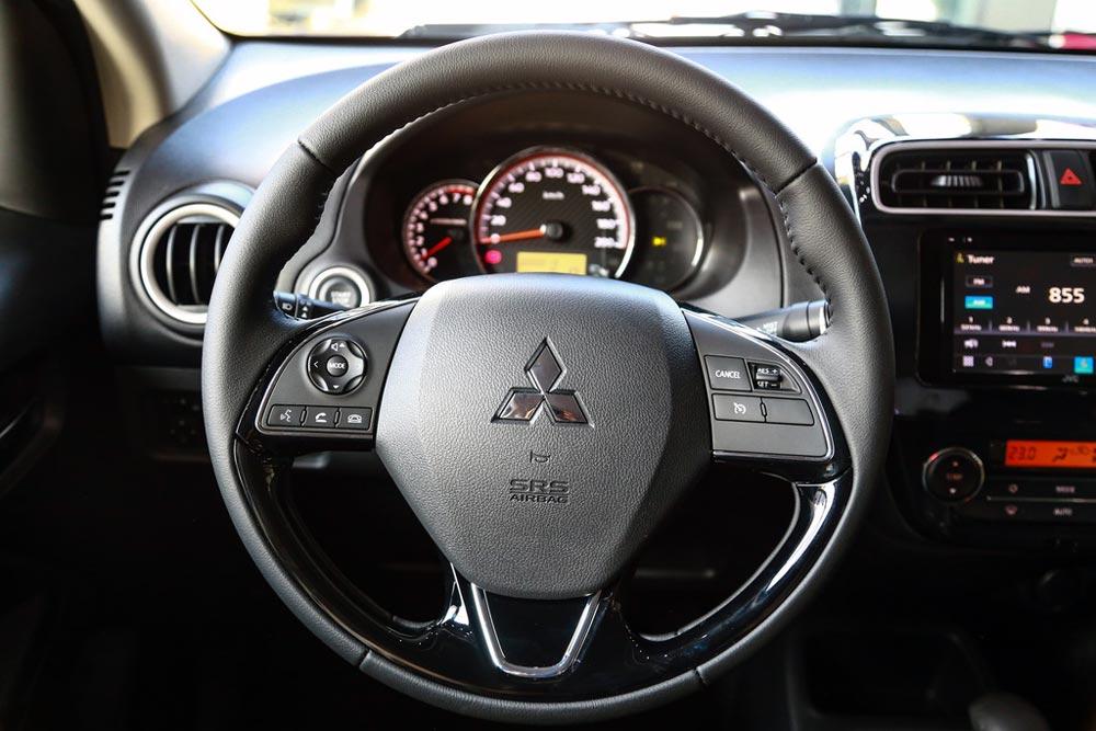 Vô lăng Mitsubishi Attrage 2020