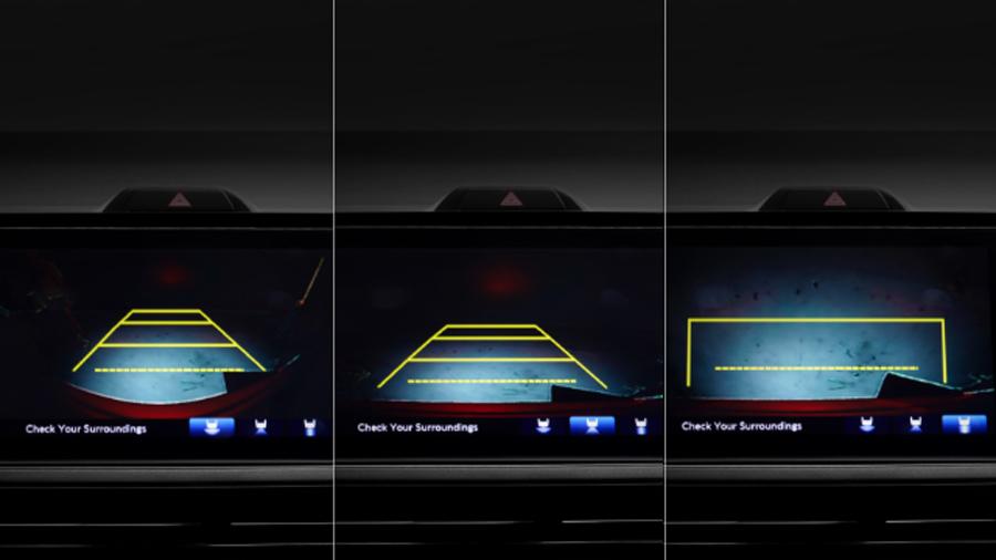 Camera lùi 3 góc quay là trợ thủ đắc lực trong các tình huống lùi và đỗ xe (RS, L).