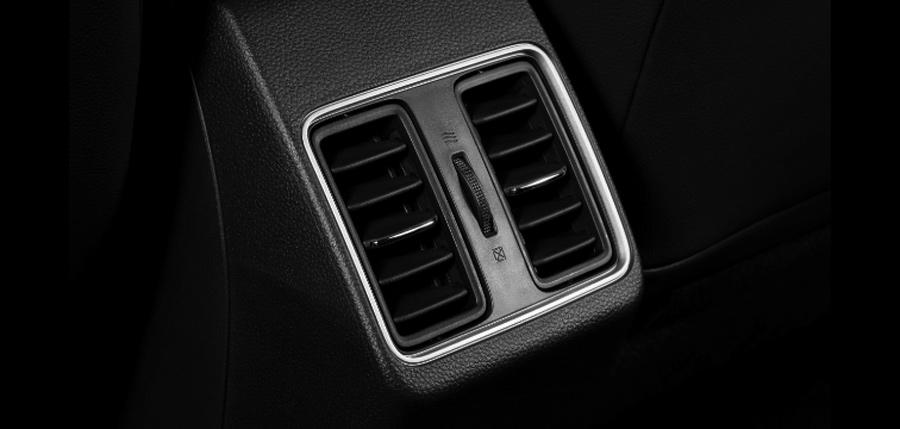 Cửa gió điều chỉnh điều hòa ở hàng ghế sau xe Honda City
