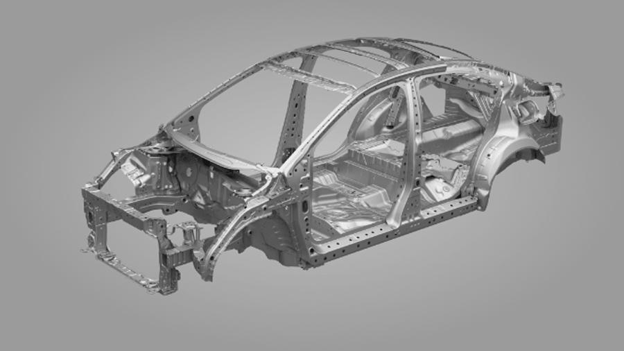 Khung xe sử dụng các tấm thép cường lực cao, giúp hấp thụ lực tác động của va chạm, giảm nguy cơ chấn thương.