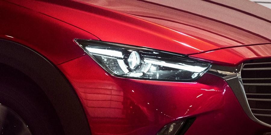 Đèn LED trước của xe Mazda CX3