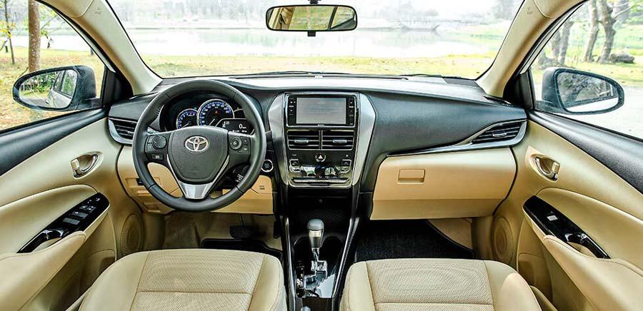 Nội thất khoang lái của Toyota Vios